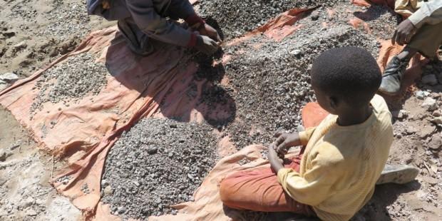 222080_drc_artisanal_cobalt_mining_web